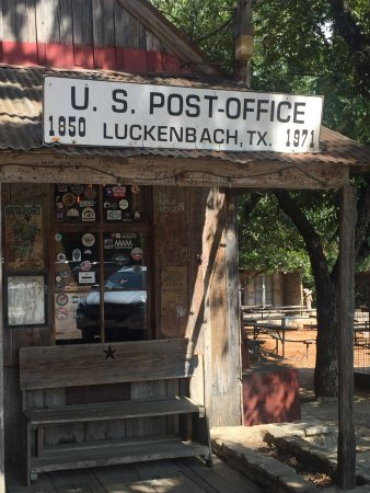 Luckenbach, TX : photo1.jpg