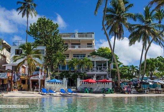 Hotel Don Michele : l'albergo disto dal mare