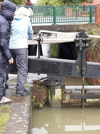 Coventry, UK: erste Schleuse zu öffnen