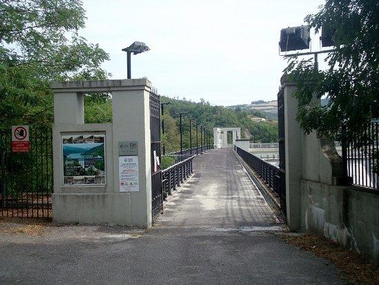 Nibbiano, Italia: Ingresso della diga