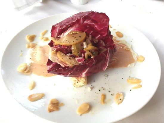 Iron Forge Inn: Radicchio & Roasted Pear Salad