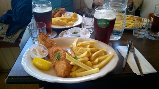 Dugort, Ireland: fish and chips