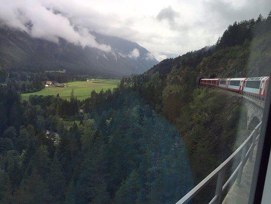 Glacier Express: photo2.jpg