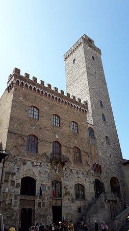 Palazzo Pubblico e Torre Grossa: Palazzo Pubblico di San Gimignano
