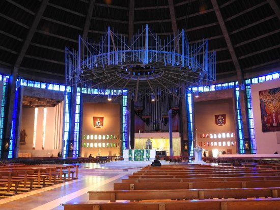 Metropolitan Cathedral of Christ the King Liverpool: Main Church