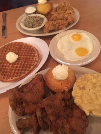 Lo Lo's Chicken and Waffles: photo0.jpg