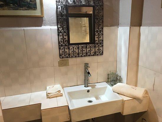 Bajos del Toro, Kosta Rika: Sun Havens Apartments & Suites
