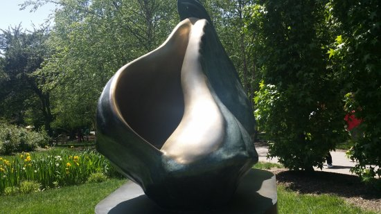 Hamilton, NJ: Ground for Sculpture 1