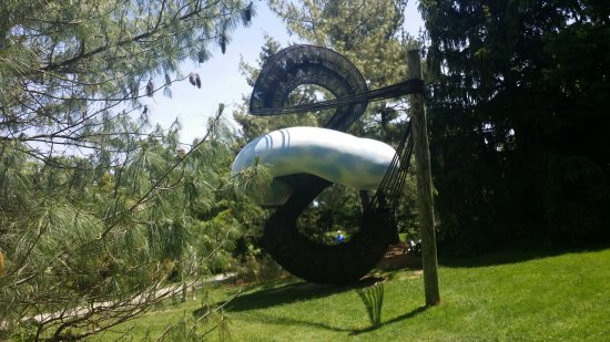 Hamilton, NJ: Ground for Sculpture 3