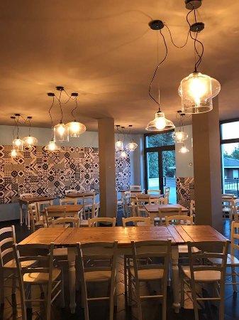 sala - foto di casa mia pizzeria italiana, albizzate - tripadvisor