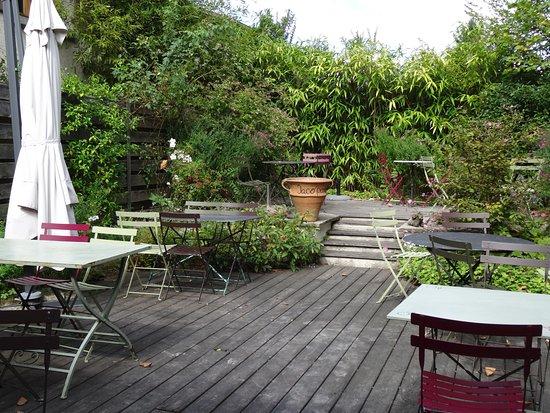 Saint-Thomas-en-Royans, France: la terrasse
