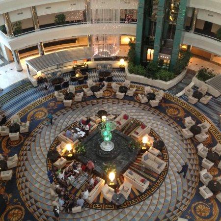 Calista Luxury Resort: Halle im Hauptgebäude