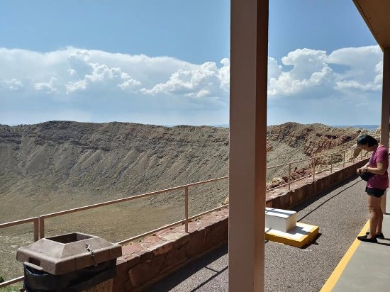 Winslow, AZ: The main level when you exit the building to start viewing