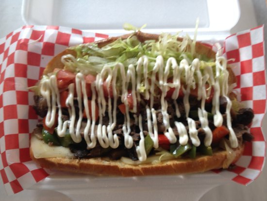 Fort Erie, Canadá: Small Steak Sub with Mayo