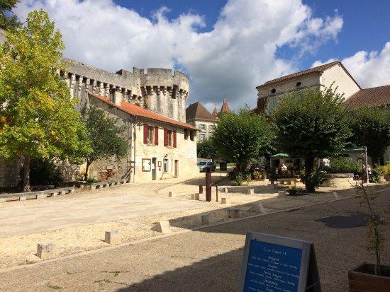 Bourdeilles, Frankrike: photo1.jpg