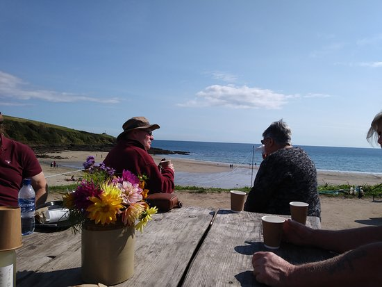 Portscatho, UK: View from the table across the beach
