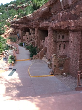 Manitou Springs, CO: Cliff dwellings looking west from viewing platform.
