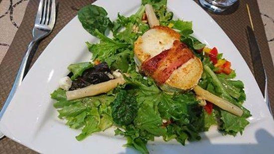 Restaurant Minvielle : salade aux chèvres chauds