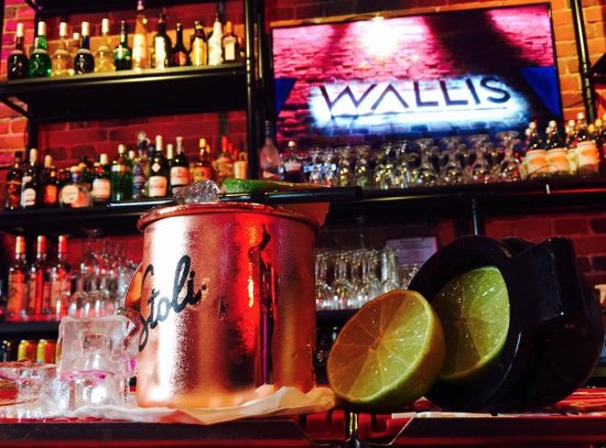 Wallis Karaoke Bar