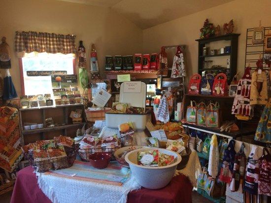 Cashton, Ουισκόνσιν: Inside the food shop