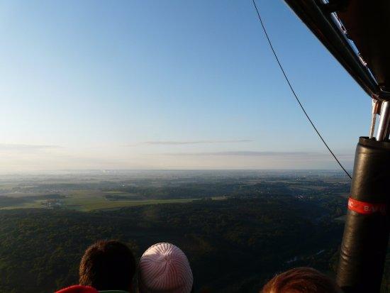 Rhode-Saint-Genese, Belgia: zicht vanuit ballon ten zuiden van Brussel