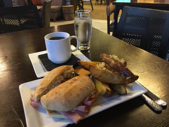 New Town, Kuzey Dakota: Cuban Sandwich