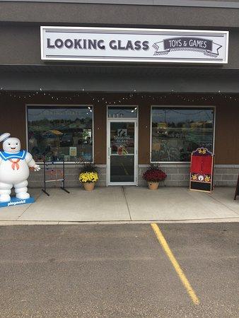 Petawawa, Kanada: Welcoming storefront
