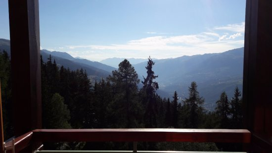 Hotel Mercure - Les Arcs 1800: Sunny afternoon