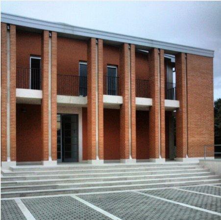 Santeramo in Colle, Italie : la facciata esterna