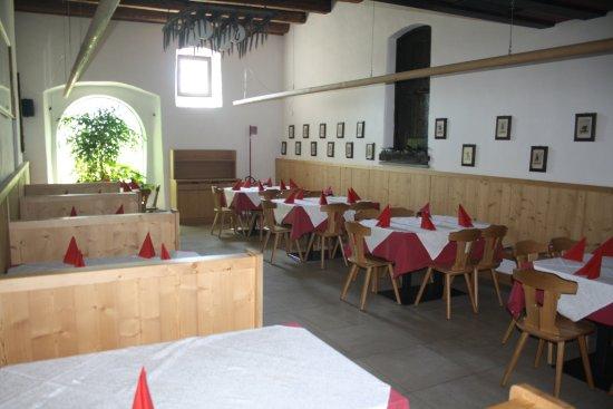 Терлано, Италия: Speisesaal auch geeignet für Feiern
