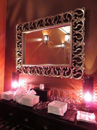 Nice decor at Le Spice Merchant - Wellingborough (15/Sept/17).