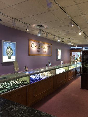 Foxborough, MA: Cindi's Diamond & Jewelry Gallery