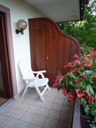 Gasthaus zum Rossel : Les balcons sont spacieux