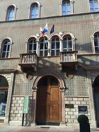Palazzo Saracini Cresseri