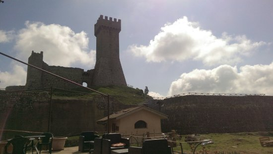 Radicofani, Italia: IMAG0747_1_large.jpg