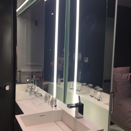picture of vertigo hotel nuxe spa dijon. Black Bedroom Furniture Sets. Home Design Ideas