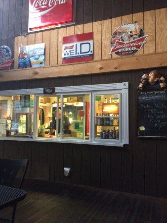 Janes Boardwalk Pizza: the counter