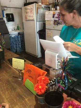 Brenham, Τέξας: Our waitress