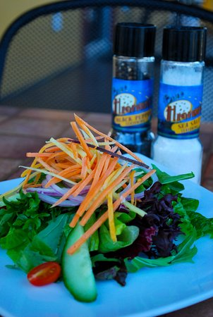 Blue Highway Pizzeria: Micanopy Tossed Salad with local organic greens and housemade dressing and