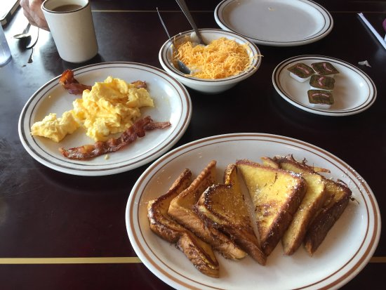 Daphne, AL: French Toast, Eggs and Bacon and cheese grits