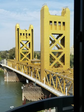 Embassy Suites by Hilton Sacramento - Riverfront Promenade: Top floor view from the sitting room of suite 836.