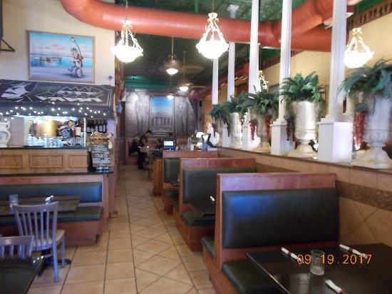 Lawrence, KS: Inside restaurant