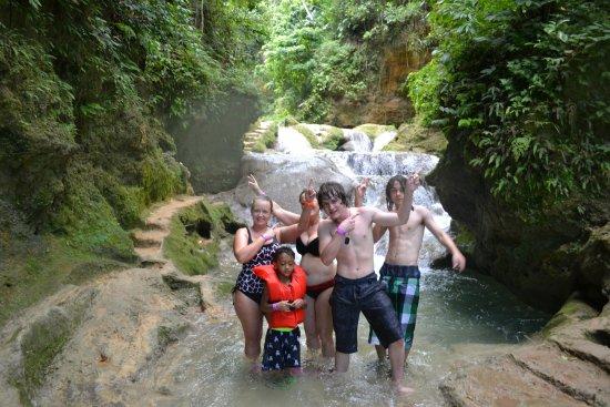 Byron's Jamaica Tours