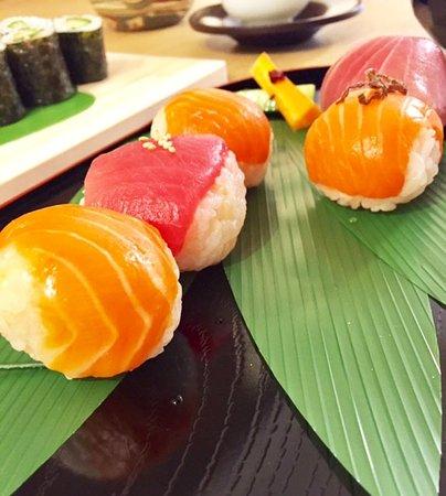 Meguro, Japan: temari sushi