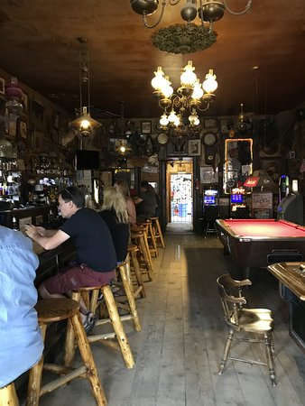 Genoa, NV: Belly up to the bar and have a drink!