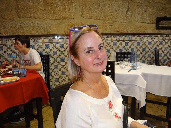 Restaurante Abadia Do Porto: Ambiente confortável, desprovido de luxo.