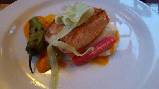 Eastsound, WA: Fresh King Salmon