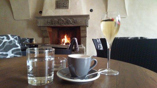 Banska Bystrica, Slovakia: Champagne and fireplace
