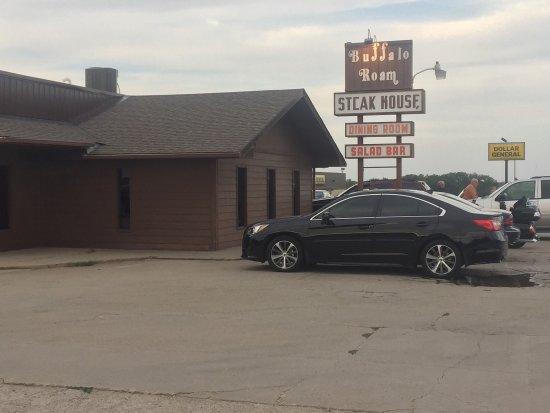 Mankato, KS: Buffalo Roam Steak House