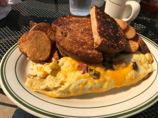 Spokane Valley, WA: Ham & Cheese Omlette